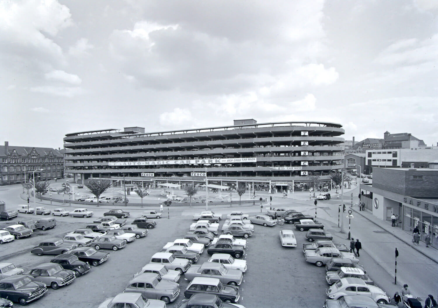 Auto-Magic Car park in its heyday, 1960s - Leicestershire Record Office
