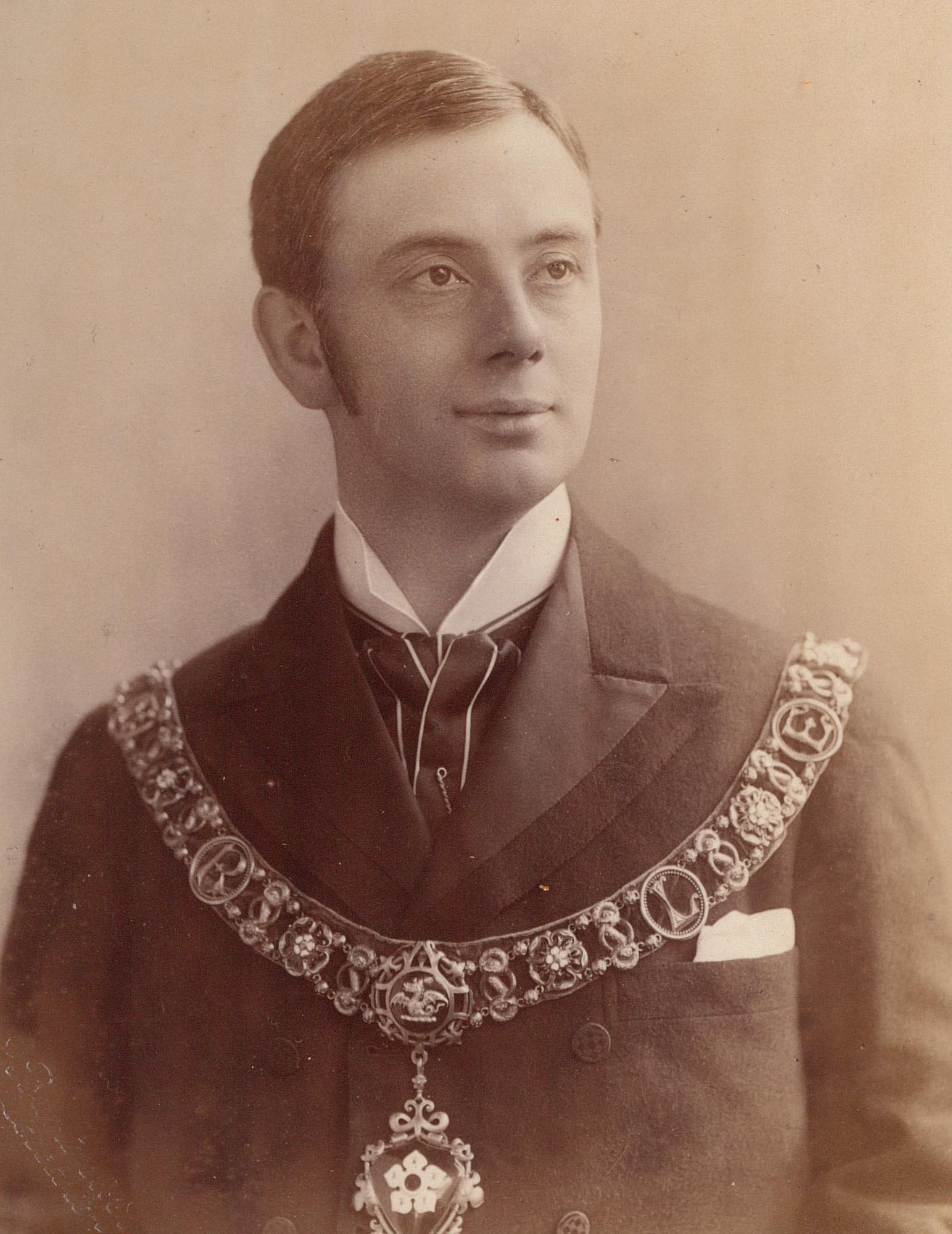 Arthur Wakerley pictured in the Leicester Mayoral Chains -