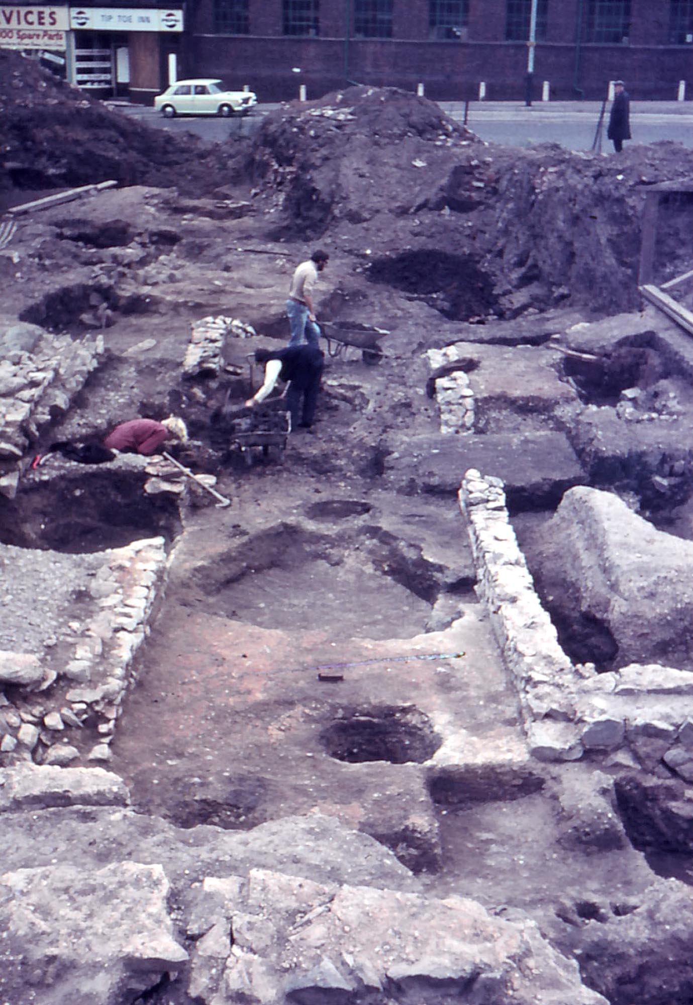 Archaeologists uncover the Roman mithraeum at St Nicholas Circle in 1969 -