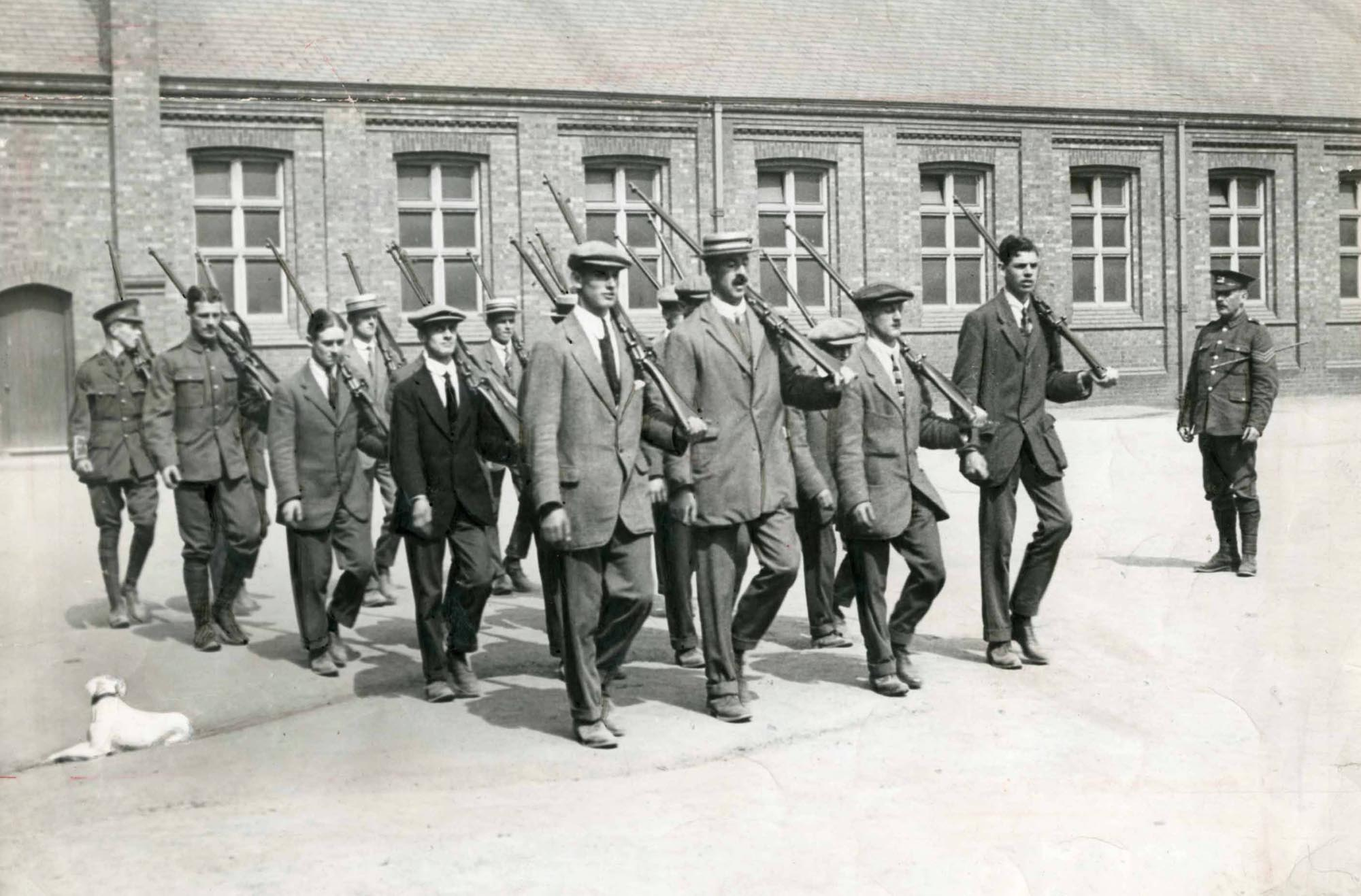 Recruits 'square bashing' on the parade ground at Magazine Square - Leicester Mercury Archive at the University of Leicester