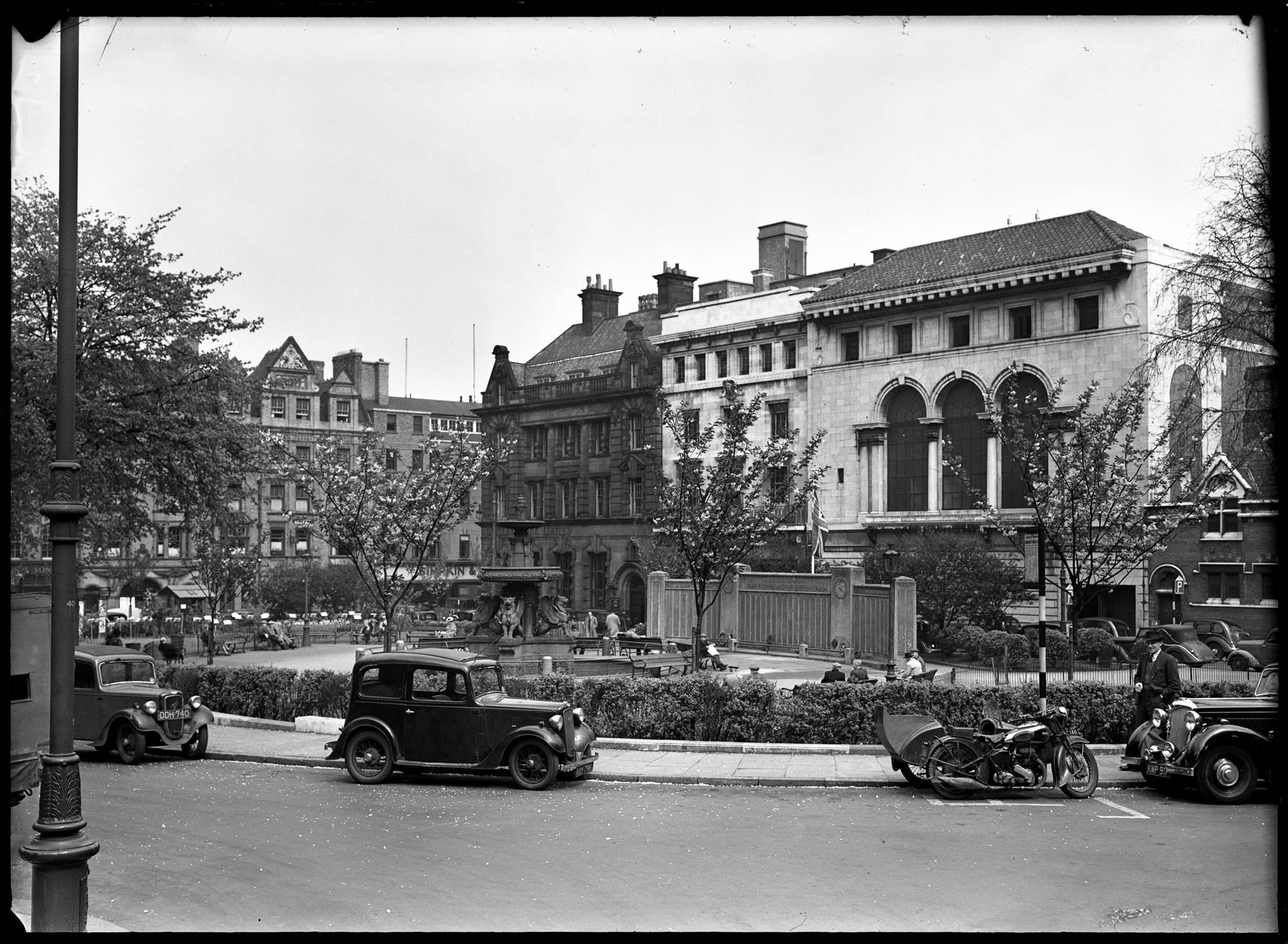 Town Hall Square, c1920s showing the temporary war memorial -