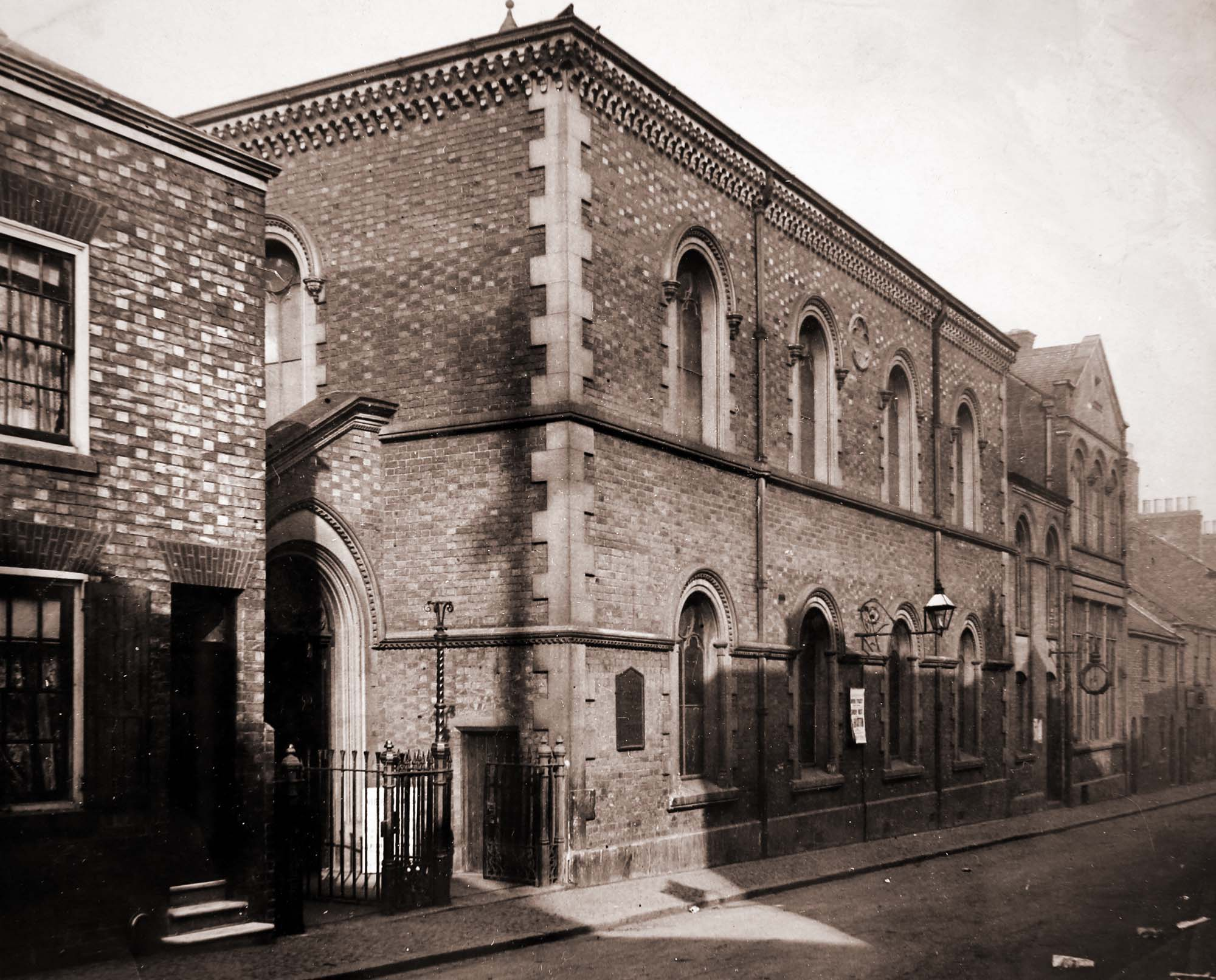 Dover Street Baptist Chapel c.1900 - Leicestershire Record Office