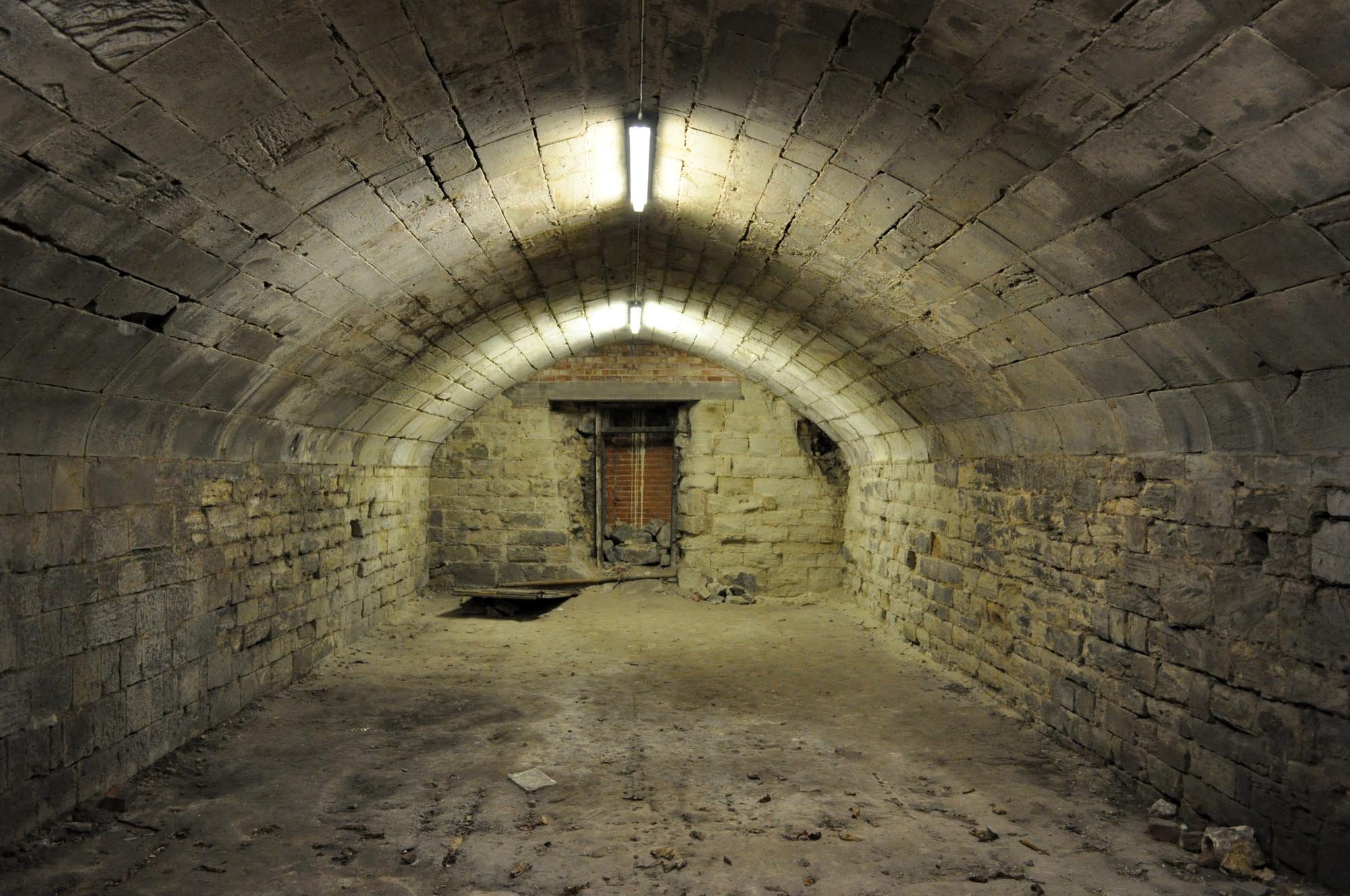 The vaulted undercroft next to the Great Hall, known as John of Gaunt's cellar -