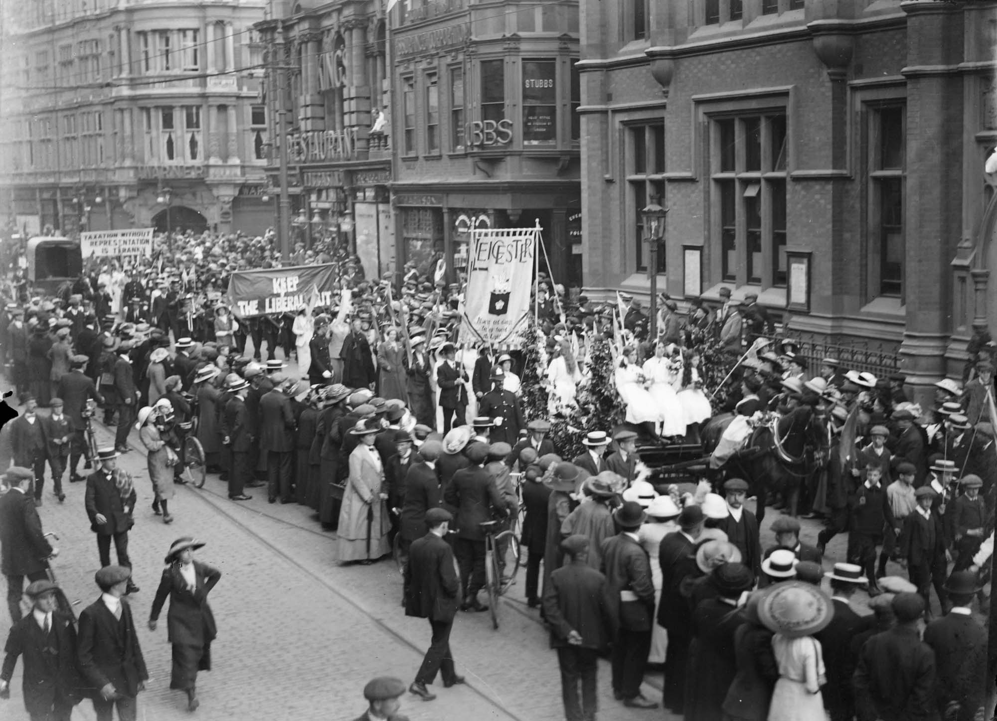 Leicester Suffragettes demonstration in Granby Street May 1911 - Leicestershire Record Office