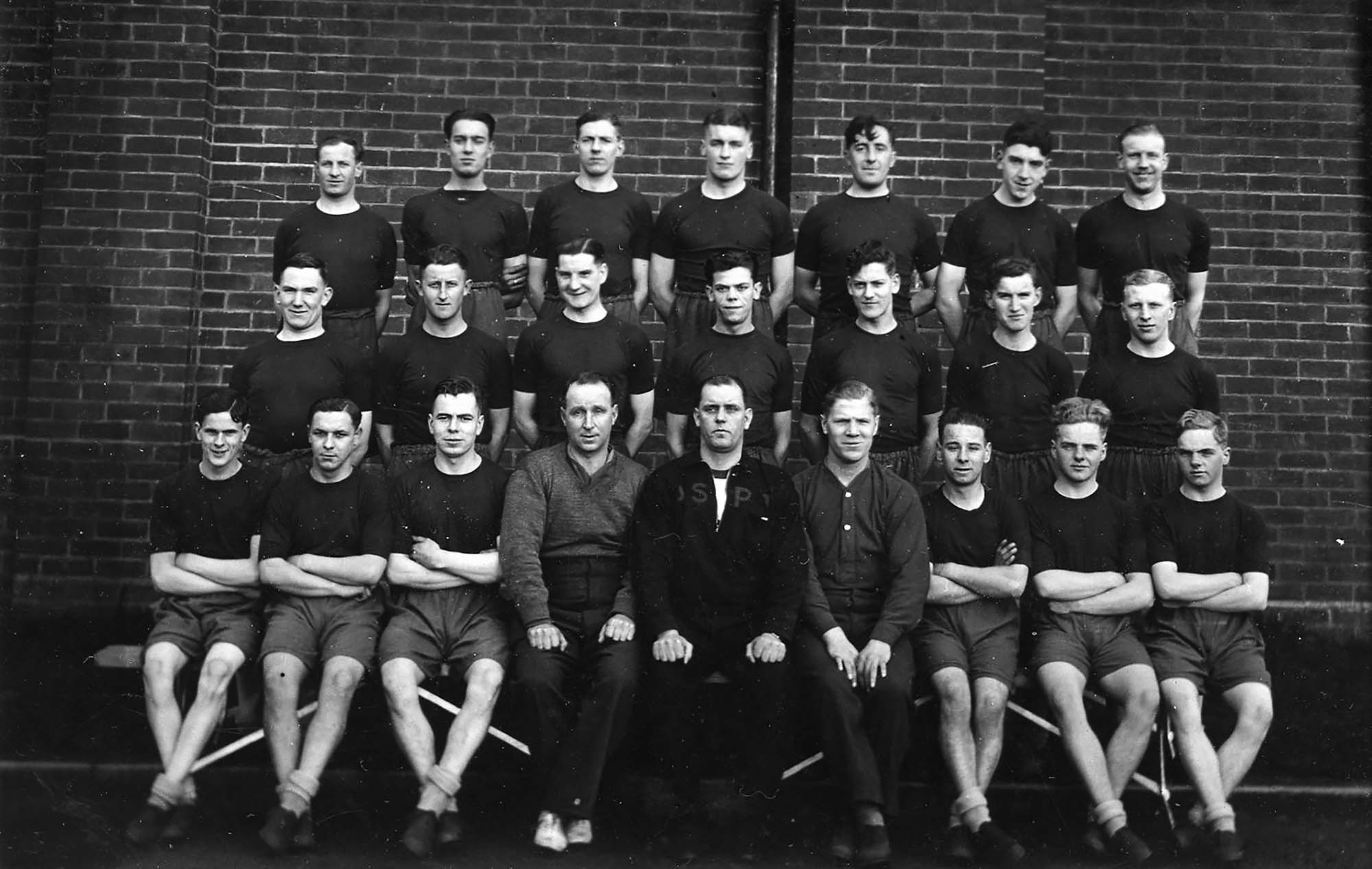 New recruits to Leicestershire Regiment, Glen Parva, November 1939 -